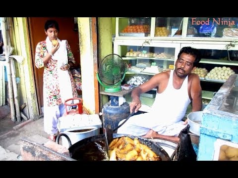 Kumri (Pumpkin Fritters) || Indian Street Food || Food Ninja