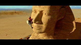 Астерикс и Обеликс: Миссия Клеопатра. Обеликс ломает нос Сфинксу