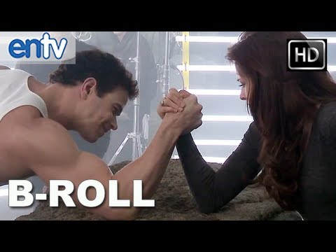 "Twilight Breaking Dawn Part 2 ""B-Roll"" Clip [HD]: Behind The Scenes With Edward & Bella!"