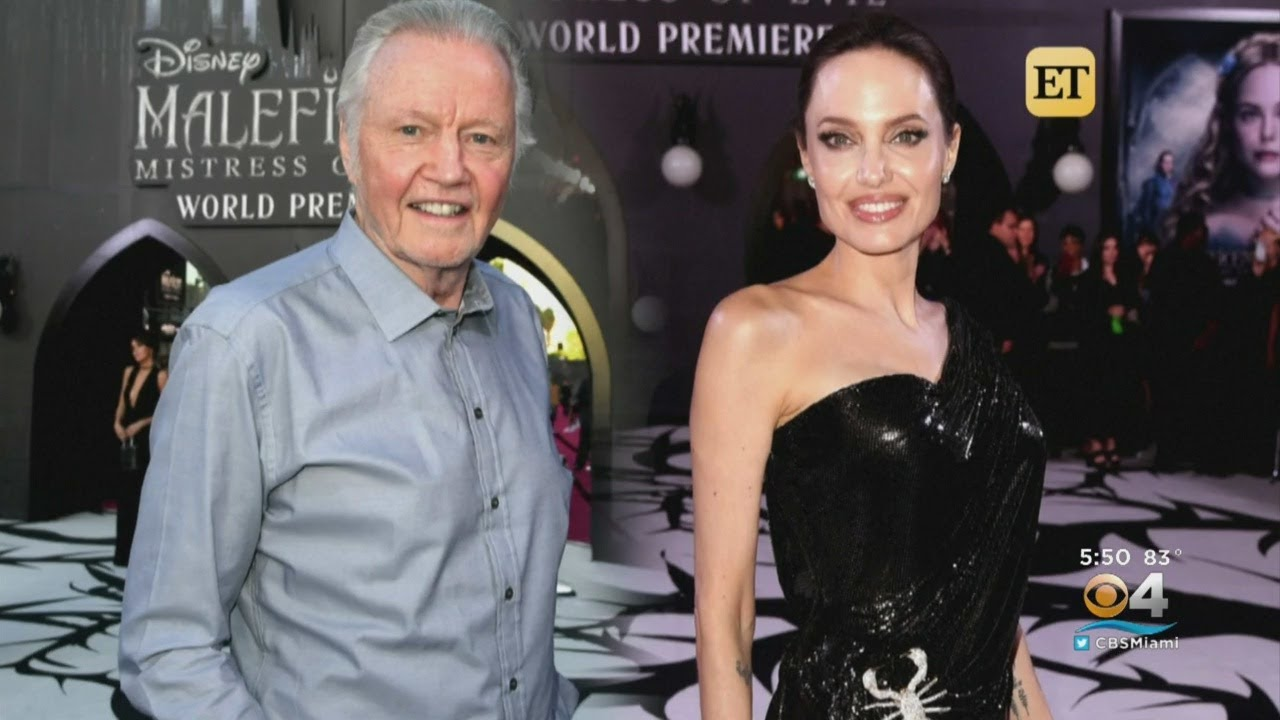 Angelina Jolie Hits The Red Carpet For Premiere Of Maleficent Mistress Of Evil