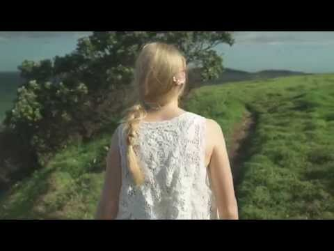 """Bel Thomson - """"Heaven's View"""" (Official Music Video)"""