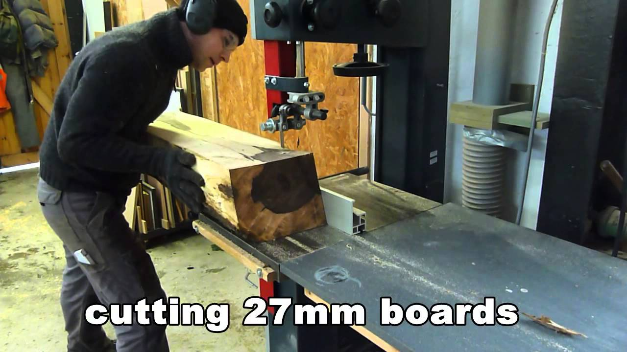 resawing logs on a hammer bandsaw - YouTube