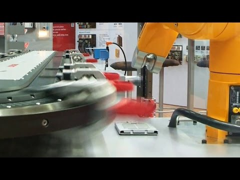 LIGNA 2015: Woodworking on the path to industry 4.0 (LIGNA-Journal)