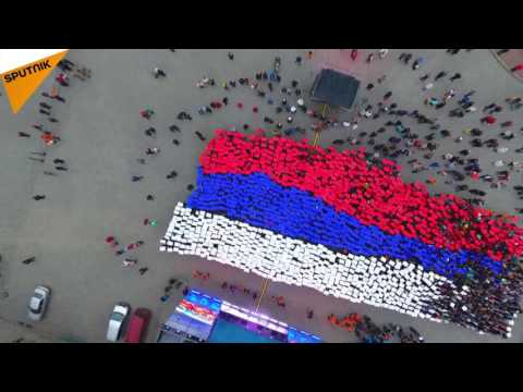 Students Form a Russian Flag in Crimea