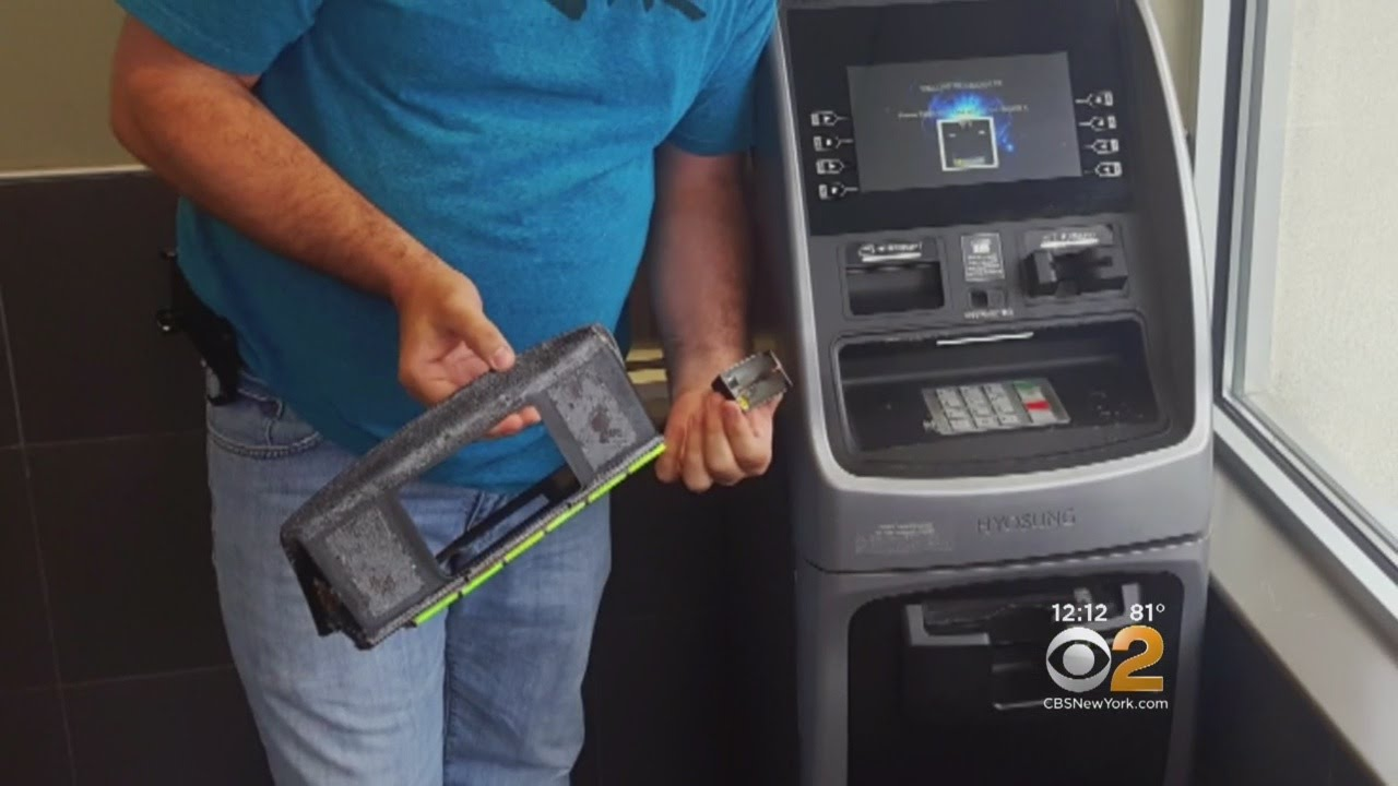 How To Spot An ATM Card Skimmer