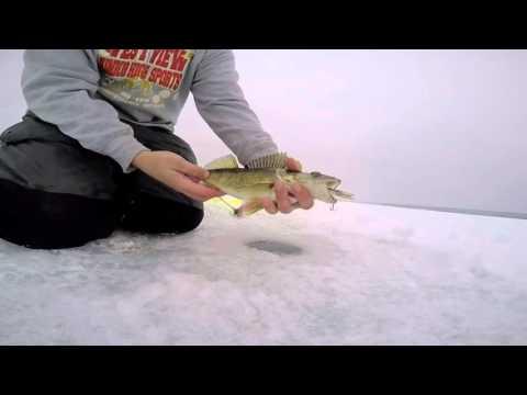 Lake gogebic ice fishing youtube for Lake gogebic fishing report