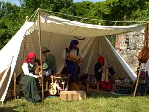 Medieval Music in Costume ~ 'Mandragora' & 'Nuada'