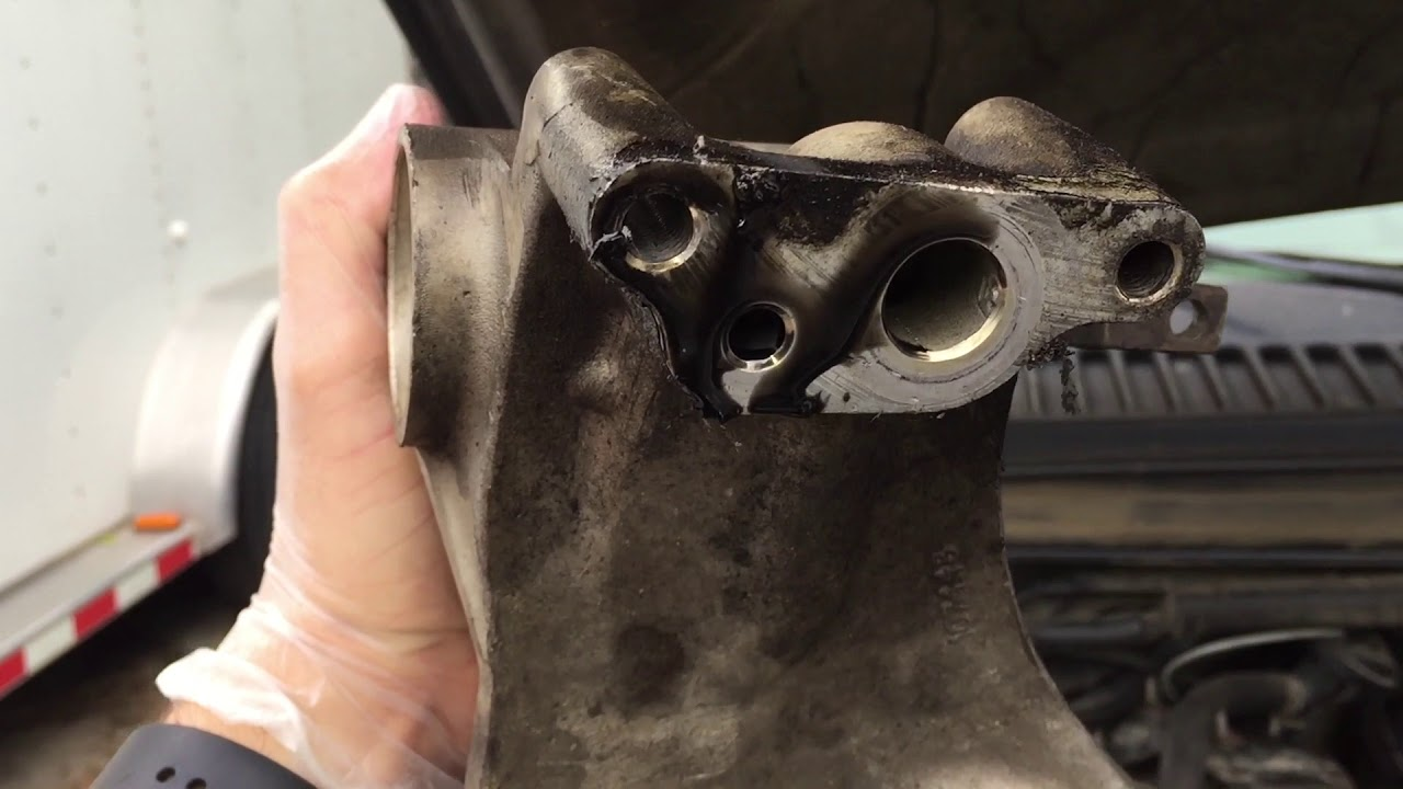 small resolution of 7 3 powerstroke engine oil leaks