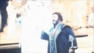 Luciano Pavarotti sings a Perfect High C in 1997 at the MET