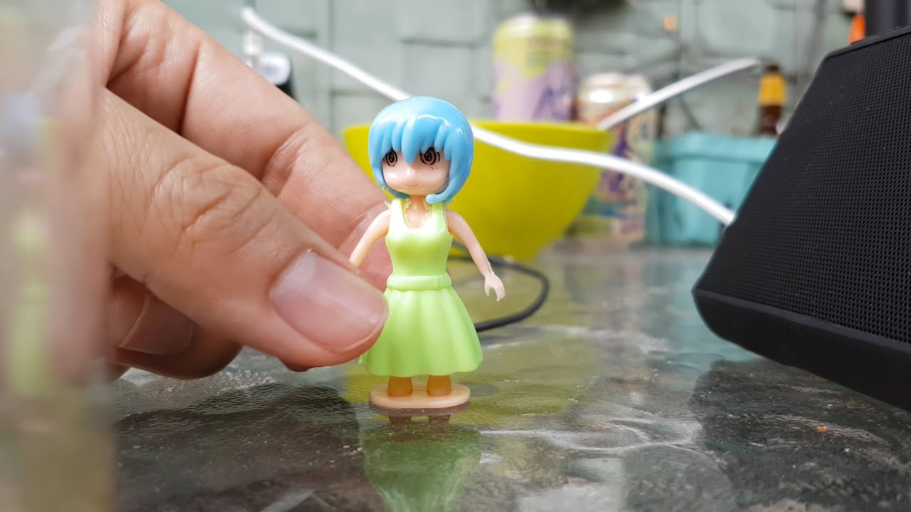 Gumball Machine Upskirt Toy Review