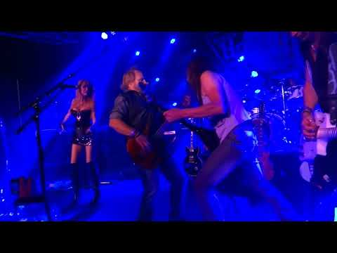 """""""Ain't Talkin' Bout Love"""" - Michael Anthony With Jeff Young & Jet Velocity *PIT CAM"""