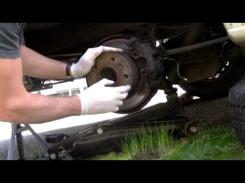Mercedes Sprinter rear brakes, replacement of discs, pads and shoes