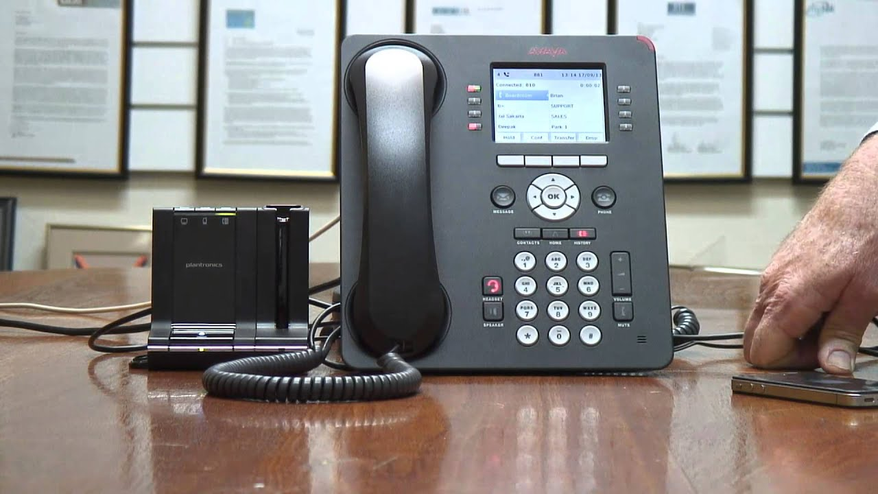 Using Plantronics SAVI 7xx with Avaya 9611 and Blue tooth phone - YouTube