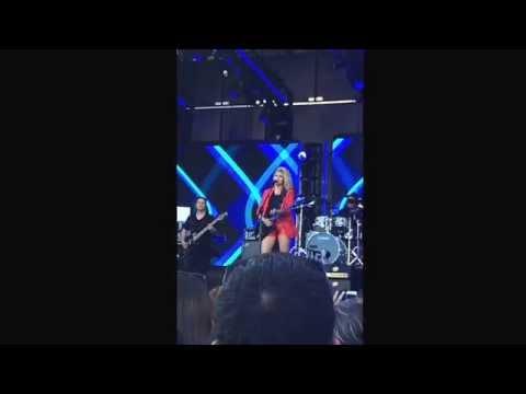 Unbreakable Smile - Tori Kelly Jimmy Kimmel 07-20-15