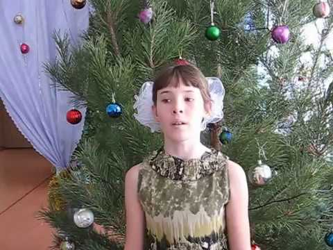 Изображение предпросмотра прочтения – СофьяЕрмакова читает произведение «Сегодня будет рождество» М.Ю.Лермонтова