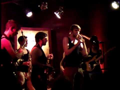 Rumble Jungle Orchestra - Jungle Live@TheMusicVillage