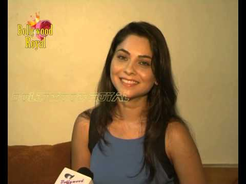 Interview of Sonali Kulkarni for the film 'Grand Masti' 2 Travel Video