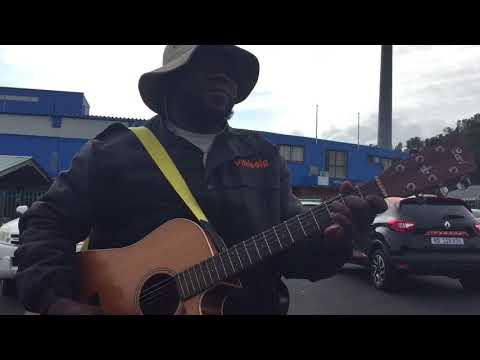 Durban carguard plays guitar!