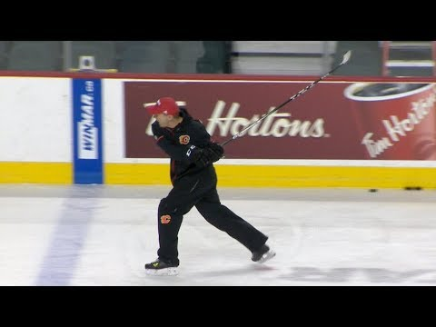 Calgary Flames coach unleashes tirade during practice