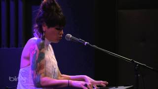 Video Beth Hart - Bang Bang Boom Boom (Bing Lounge) download MP3, 3GP, MP4, WEBM, AVI, FLV Juli 2018