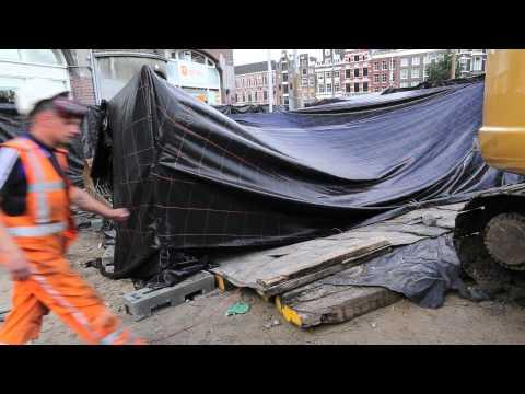 Explosie schacht Noord/Zuidlijn op het Muntplein