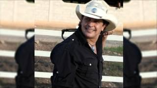 José Gregorio Oquendo - Es Diferente (Audio)