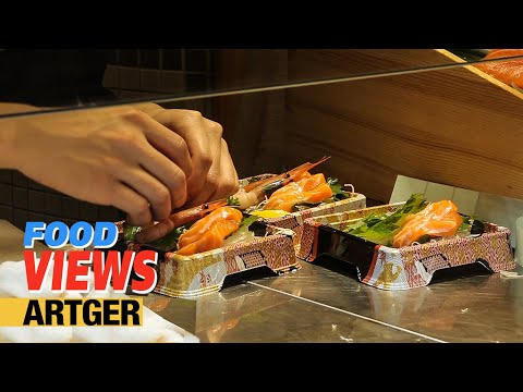 Street Food In Shanghai: Best Packed Sushi, Grilled Seafood and Prepared Salmon For Sushi
