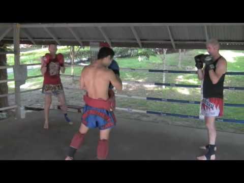 PapaLung Muay Thai 2: Crusader, Rowland, Damien Sh...