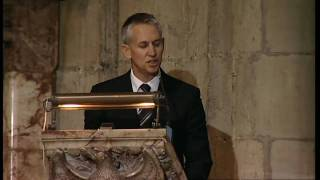 Gary Lineker pays tribute to Sir Bobby Robson