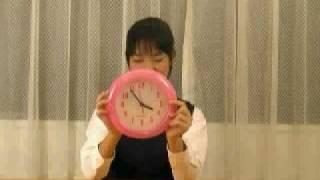 小学6年生のアイドル、美咲あいちゃんが1分間でいろいろなことにチャ...