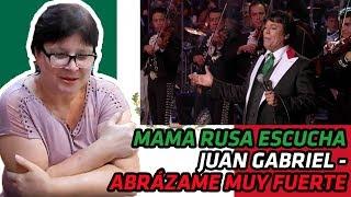 RUSSIANS REACT to Juan Gabriel - Abrázame Muy Fuerte (En Vivo 2013) | REACTION