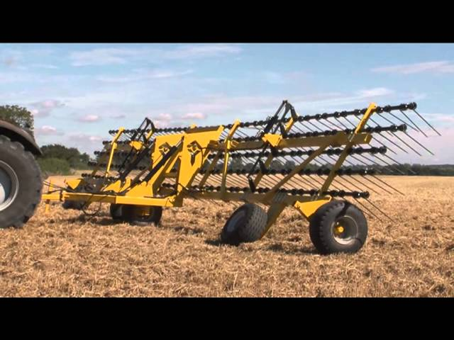 New Claydon 15m Straw Harrow