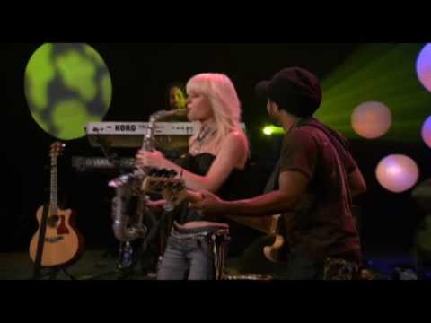 "Mindi Abair ""Smile"" Live"