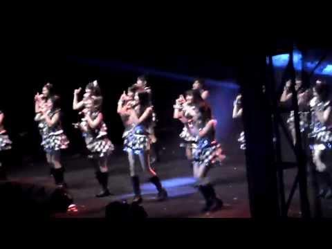 JKT48 Live in Solo [HD] -Oogoe Diamond (Teriakan Diamond)