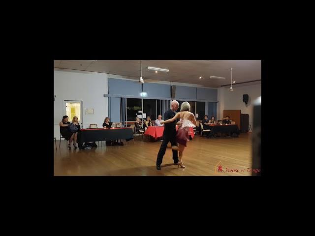 Performance to Mereceditas by David & Anita (20th October 2018)