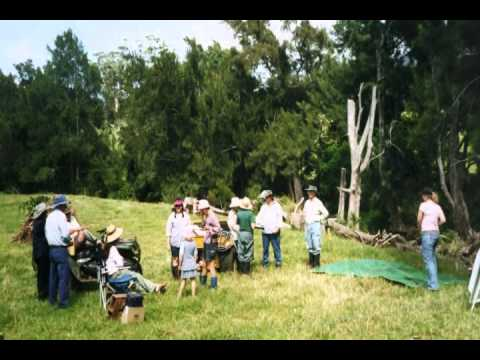 Champions of the Catchment ~ Foxground Landcare (Cooperative Landcare Group Award )