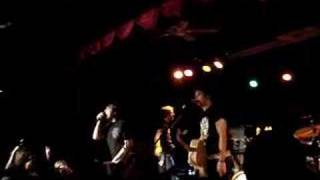 "Boys Like Girls performing ""Thunder"" on 12/27/06 at the Starlight B..."