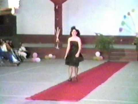 Desfile De Modas En Yuriria - 1990 - P-12
