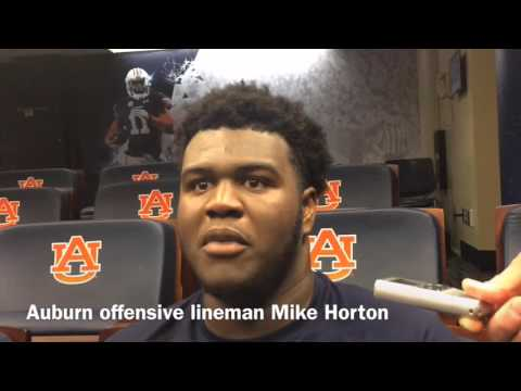 Mike Horton adjusting to move inside as Auburn shuffles offensive line