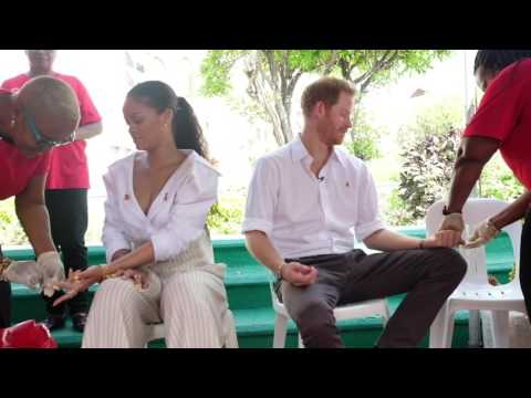 Prince Harry and Rihanna take an HIV test on #WorldAIDSDay 2016