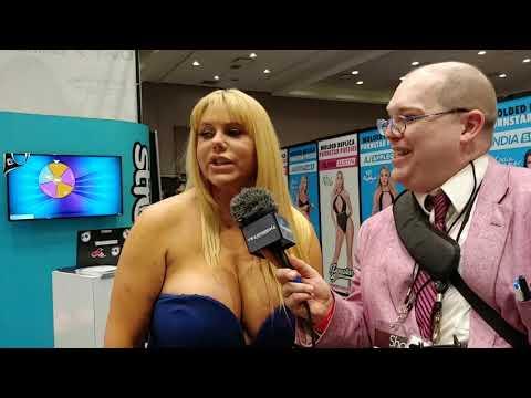 PORN Karen Fisher With Jiggy Jaguar AEE 2019 Las Vegas NV