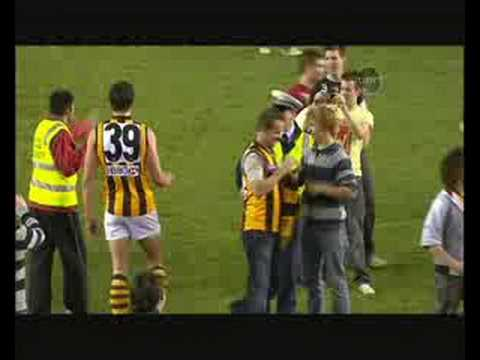 Lance Franklin kicks his 100th goal