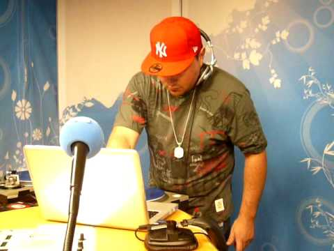 DJ T-ONE Live on air @ Radio Contact Brussels 102.2FM