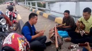 Video Waw....Parmitu Keren Di Jembatan Barelang (Ini Baru Marmitu Namanya) download MP3, 3GP, MP4, WEBM, AVI, FLV Juli 2018