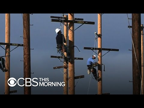California wildfires: Backlash as PG&E cuts power to 700,000
