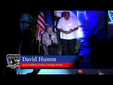 Conrad Dobler presents David Humm with the Gridiron Greats Courage Award