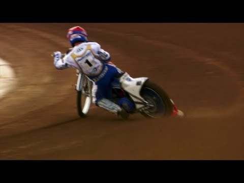 SPEEDWAY: Vicki takes on Speedway biking with Nicki Pedersen - Fifth Gear