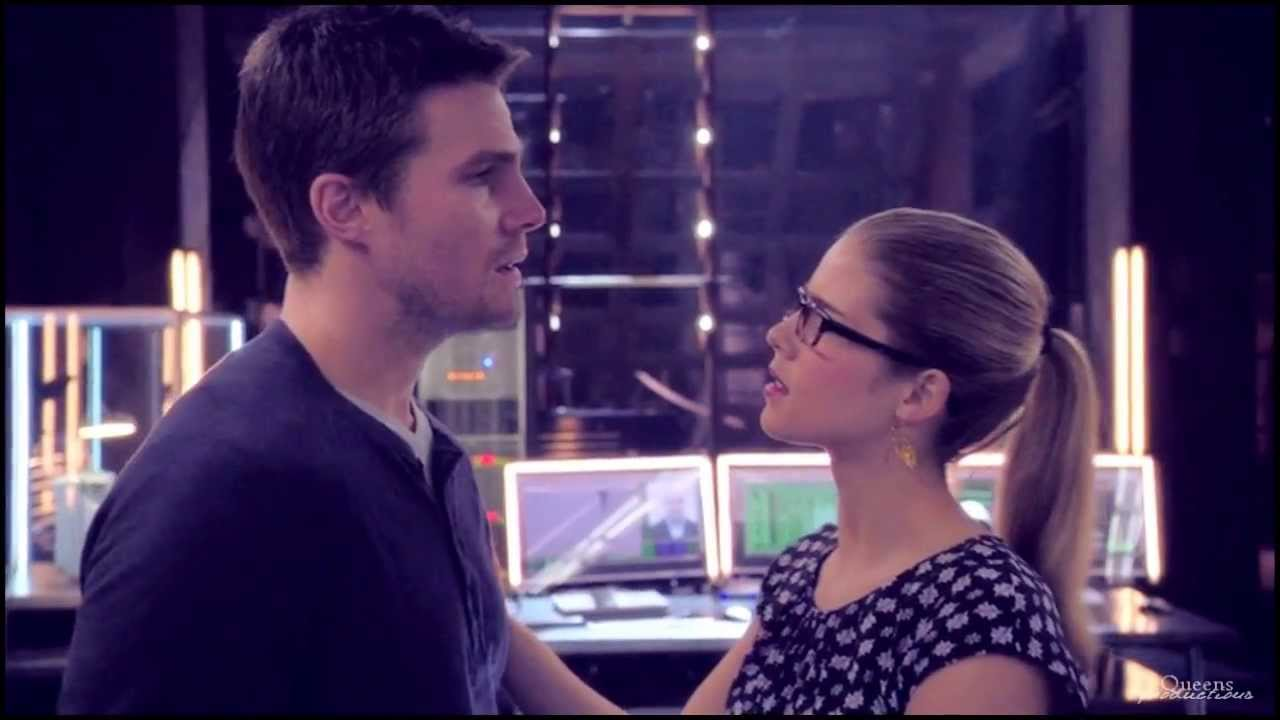 Oliver Queen & Felicity Smoak | Is This Love? - YouTube