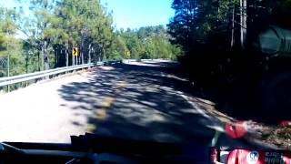 Graban video de hallazgo de ejecutado en la carretera Parral Guachochi