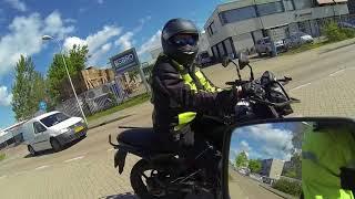 Motorrijles AVD: Zware les en veel te bespreken! STOPBORD! vooruit kijken!